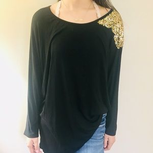 Large Black Stretchy Shirt With Gold Sequence